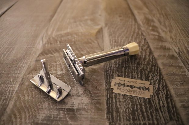 Twist Adjustable Safety Razor